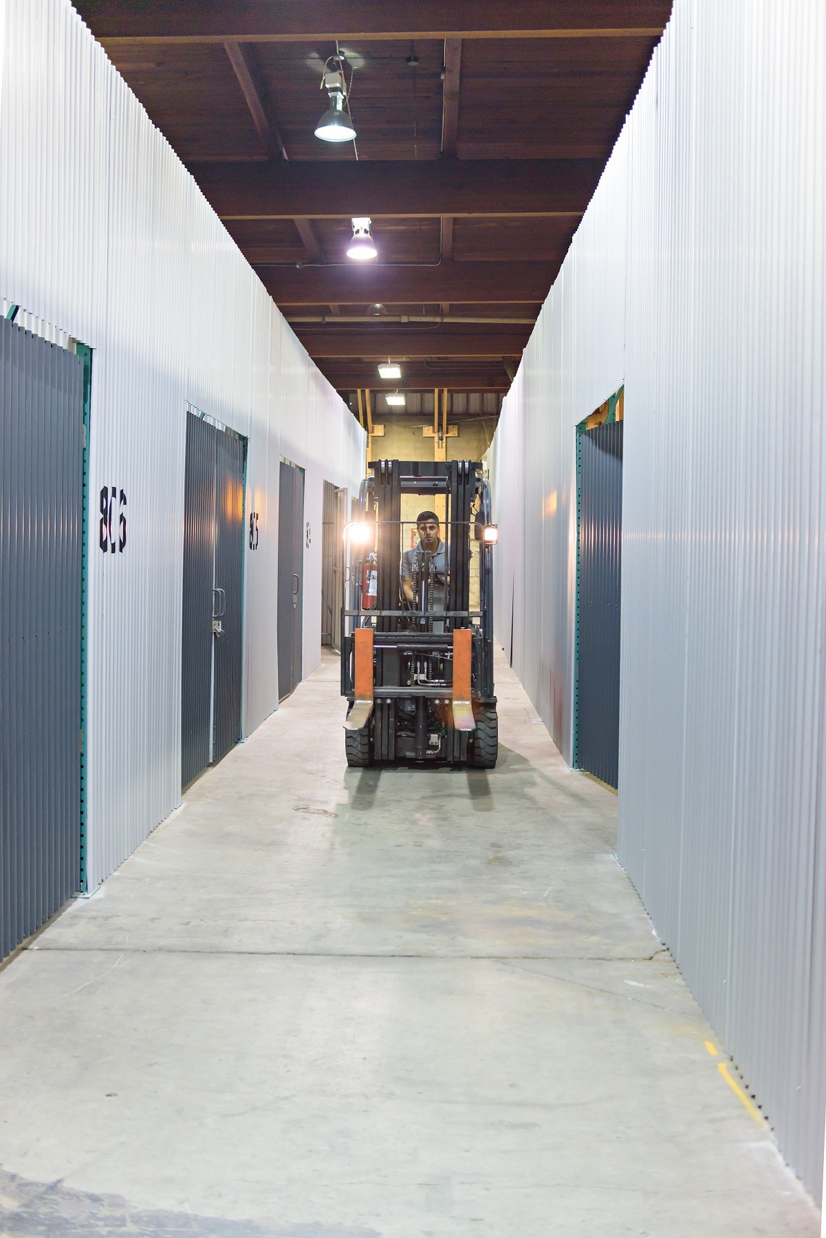 Surrey small warehouse space for rent