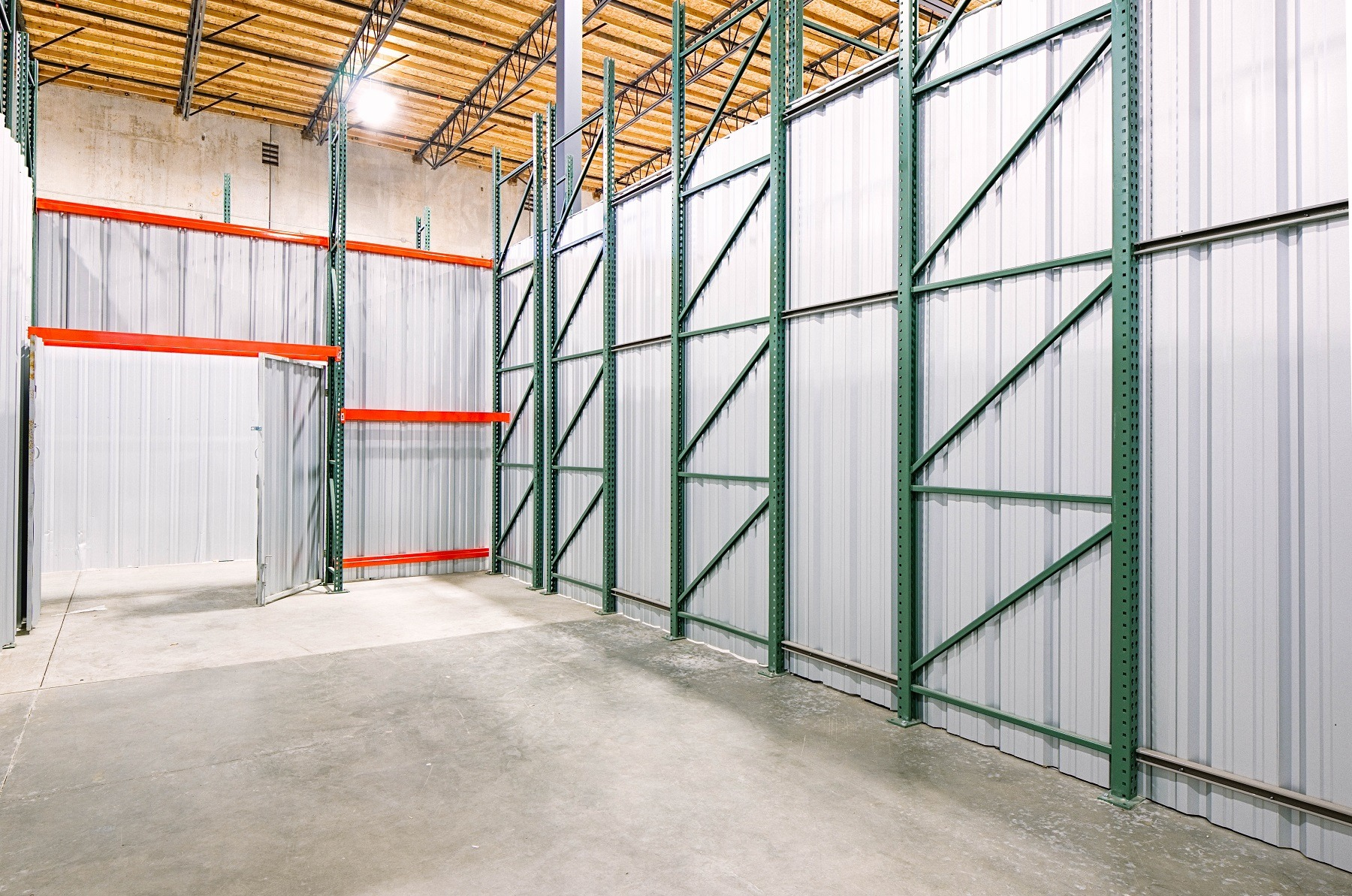 Oyster Point warehouse space for rent